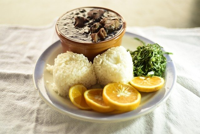 Entre os tipos de pratos brasileiros, a feijoada faz enorme sucesso!